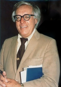 """Ray Bradbury (1975)"" by photo by Alan Light. Licensed under CC BY 2.0 via Wikimedia Commons"